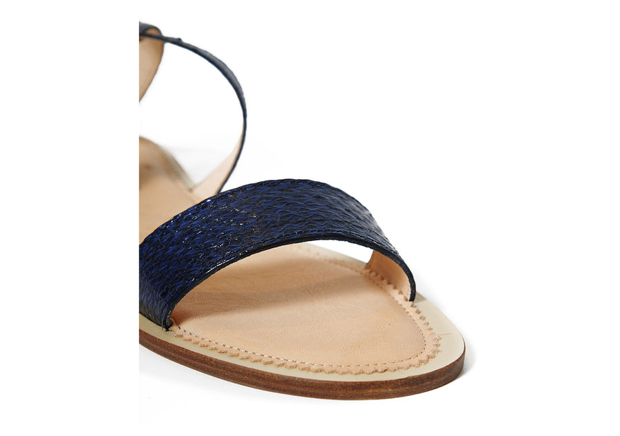 Sustainable and ecological chrome-free tanned salmon leather sandal in Midnight Blue Metallic, made in Italy