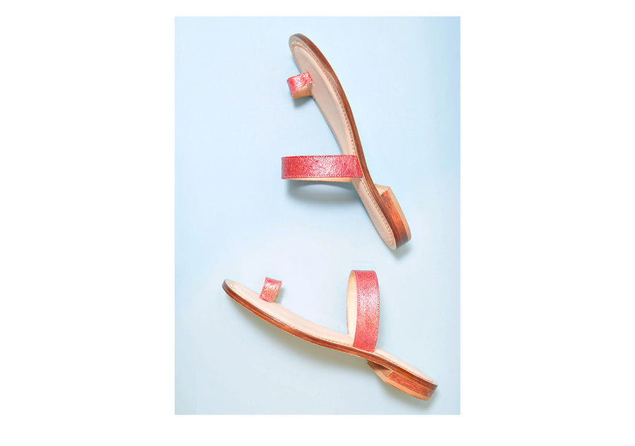 Sustainable and ecological chrome-free tanned salmon leather sandal in Raspberry, made in Italy
