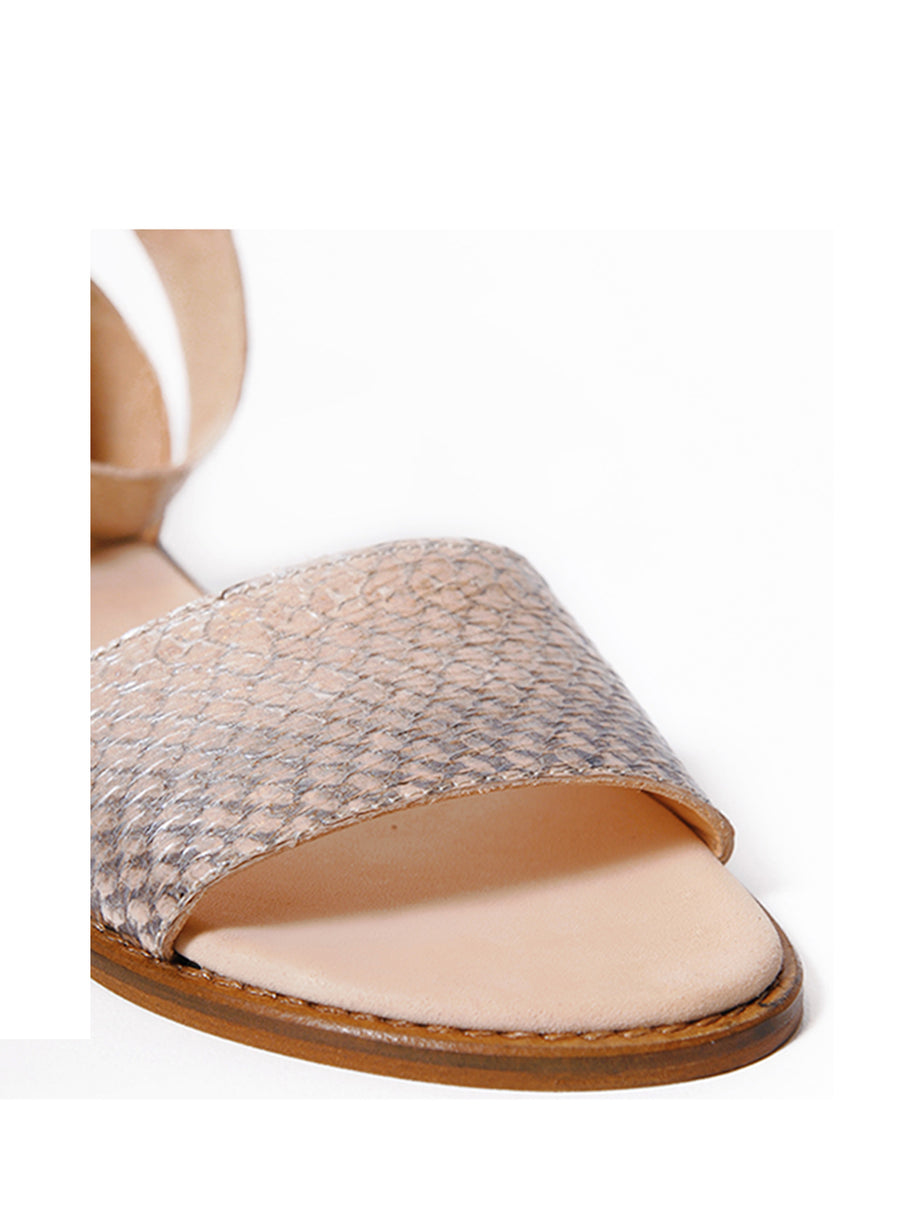 Nude Metallic coloured sustainable sandal with golden buckles by ALINASCHUERFELD