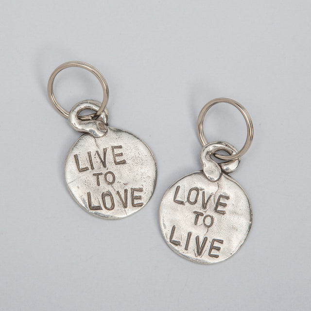 "Keychain Coin ""Love to Live / Live to Love"""
