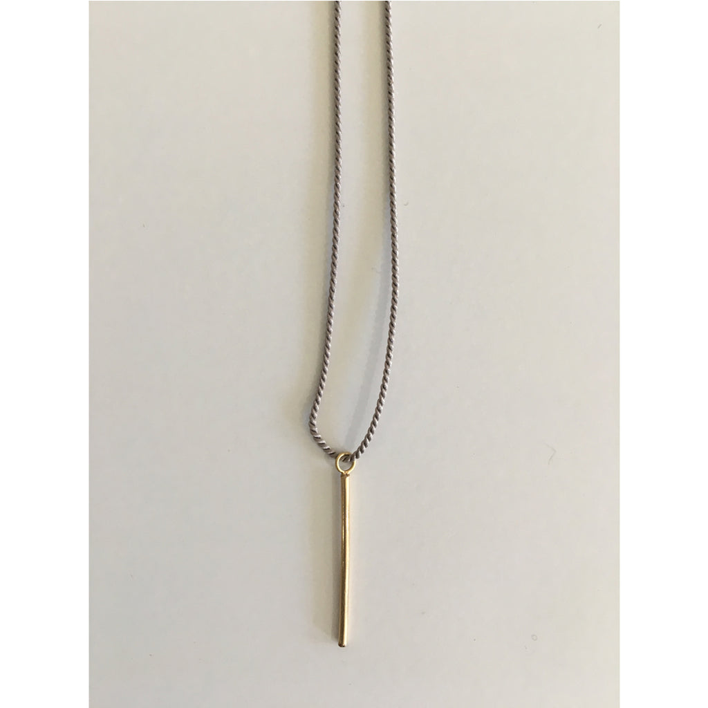 minimalist stick neacklace gold by cecilia Szivos