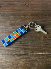 Load image into Gallery viewer, Ankara Print Key Chains