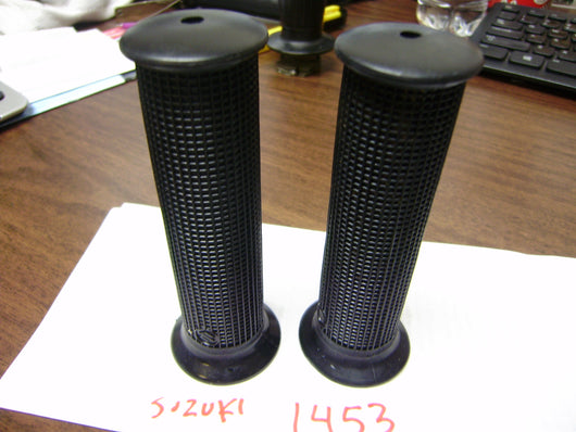 Suzuki Handlebar grips 1960's early 1970's Original with Logo sku 1453
