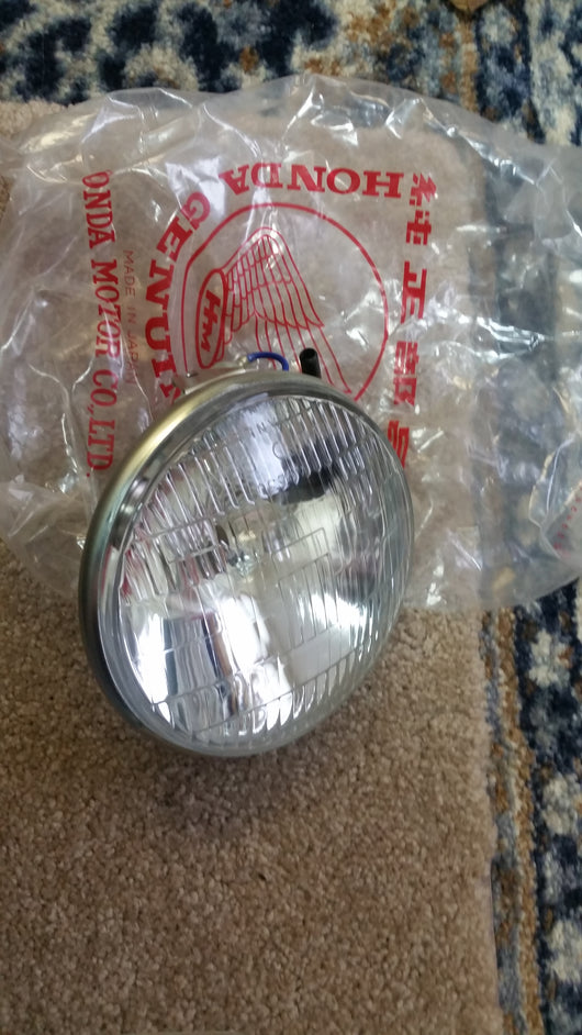 Honda CB350 CL350 New Headlight Honda number 33120-292-673  sku 5260