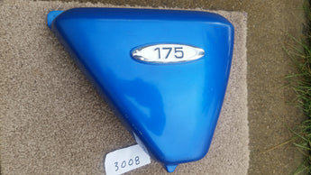 Honda CL175K3 NOS Right Candy Blue Sidecover with badge 3008