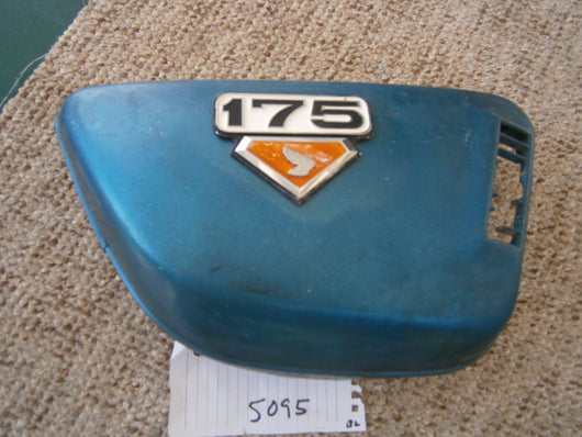 Honda CB175 CL175 Sidecover right blue 5095