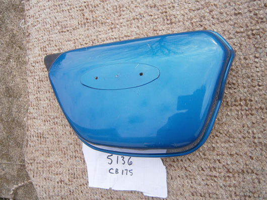 Honda CB175 K4 Sidecover Right Candy Sapphire Blue  5136