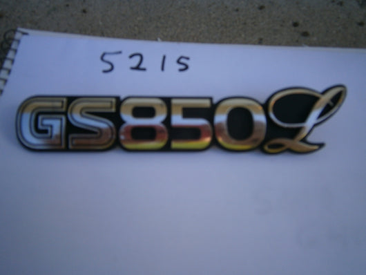 Suzuki GS850L Sidecover Badge 5215