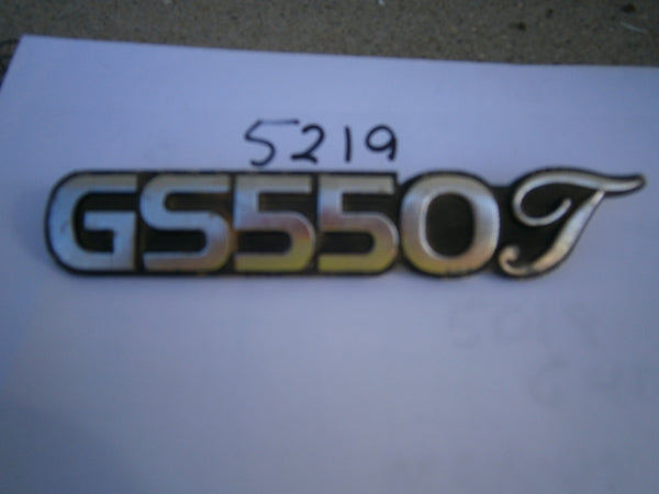 Suzuki GS550T Sidecover Badge 5219