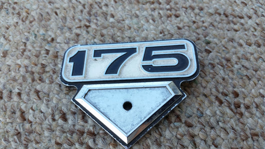 Honda CB175 CL175 Sidecover Badge 5283