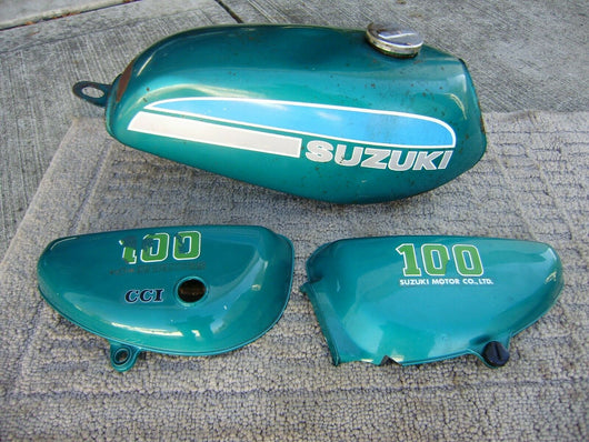 Sold 4/10./21 Suzuki TS90 TC90 TS100 TC100 Matching Bodywork Set Gas Tank and Sidecovers sku 6131