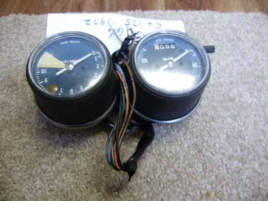Honda CL175 1972 Speedometer Tachometer and mounting tested complete sku 6166