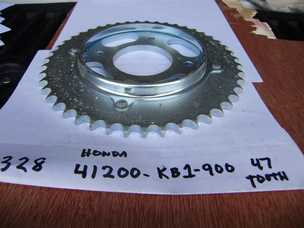 Honda XL125S  NOS Rear Sprocket  520-47Tooth  41200-KE1-900 sku 6328