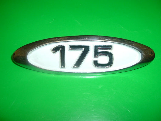Sold by  Invoice  5/24/16Honda CB175 CL175 K4 1970 white Sidecover Badge