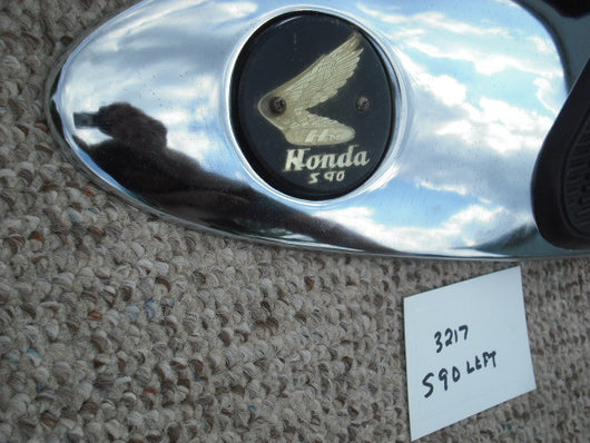 Honda Super 90 S90 left  Chrome Panel Rubber and S90 badge 3217