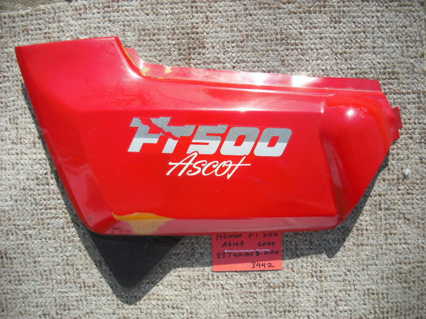 Honda FT500 Ascot Left Red Sidecover 837-MC8-0000 3442