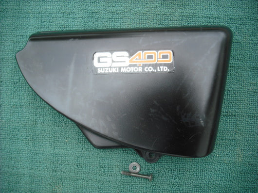 Sold Suzuki GS400 Black Right Sidecover 47111-44001