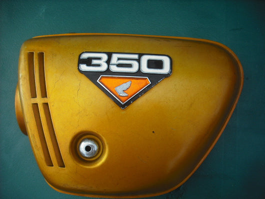 Honda CB350 K4 Left  Candy Gold Sidecover with badge