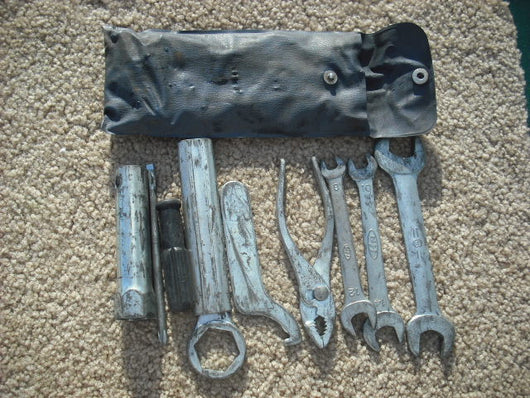 Sold Webinterpret Honda CB500T Tool kit  Also fits CB450 through 1974 sku1786