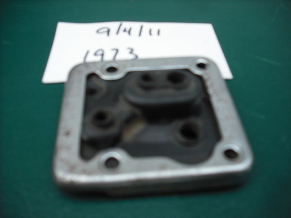 Suzuki 1973 TS TC Carburetor Top and Ring