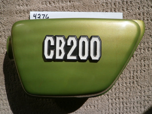 Honda CB200 left Muscat Green Metallic Sidecover with badge 4276