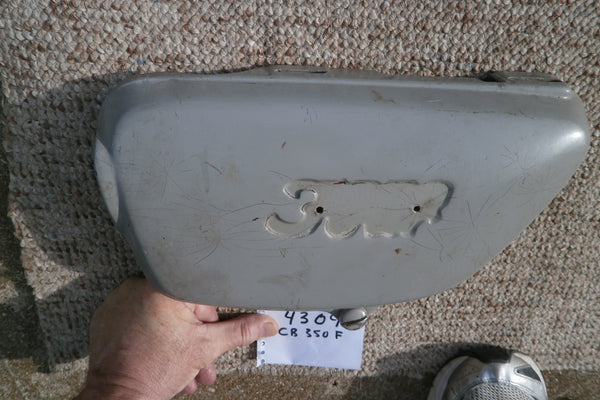 Honda CB350 Four left sidecover primer color 4309