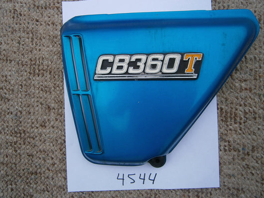 Honda CB360T left Candy Sapphire Blue Sidecover 4544