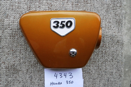 Honda CB350K2 1970 Right Gold Sidecover with badge 4343