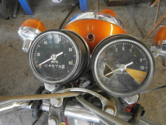 Sold via substitute parts - Honda CL175 speedometer and tachometer 4439