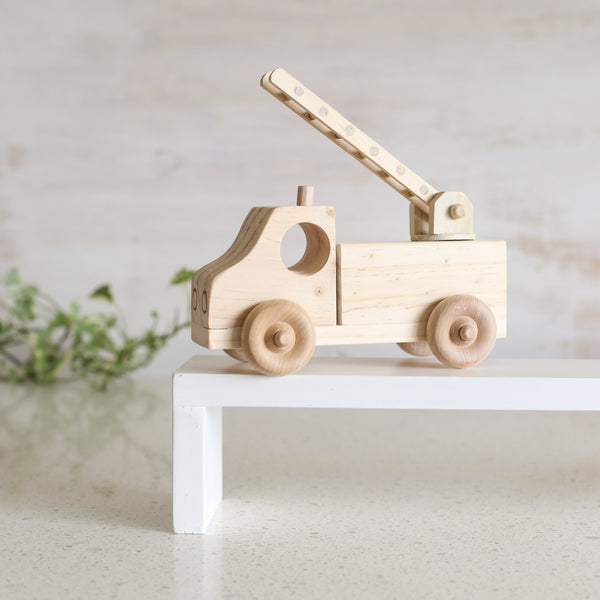 LUXE Collection Small Fire Truck