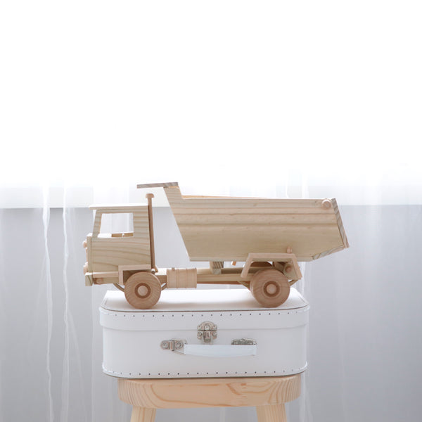 LUXE Collection Dump Truck
