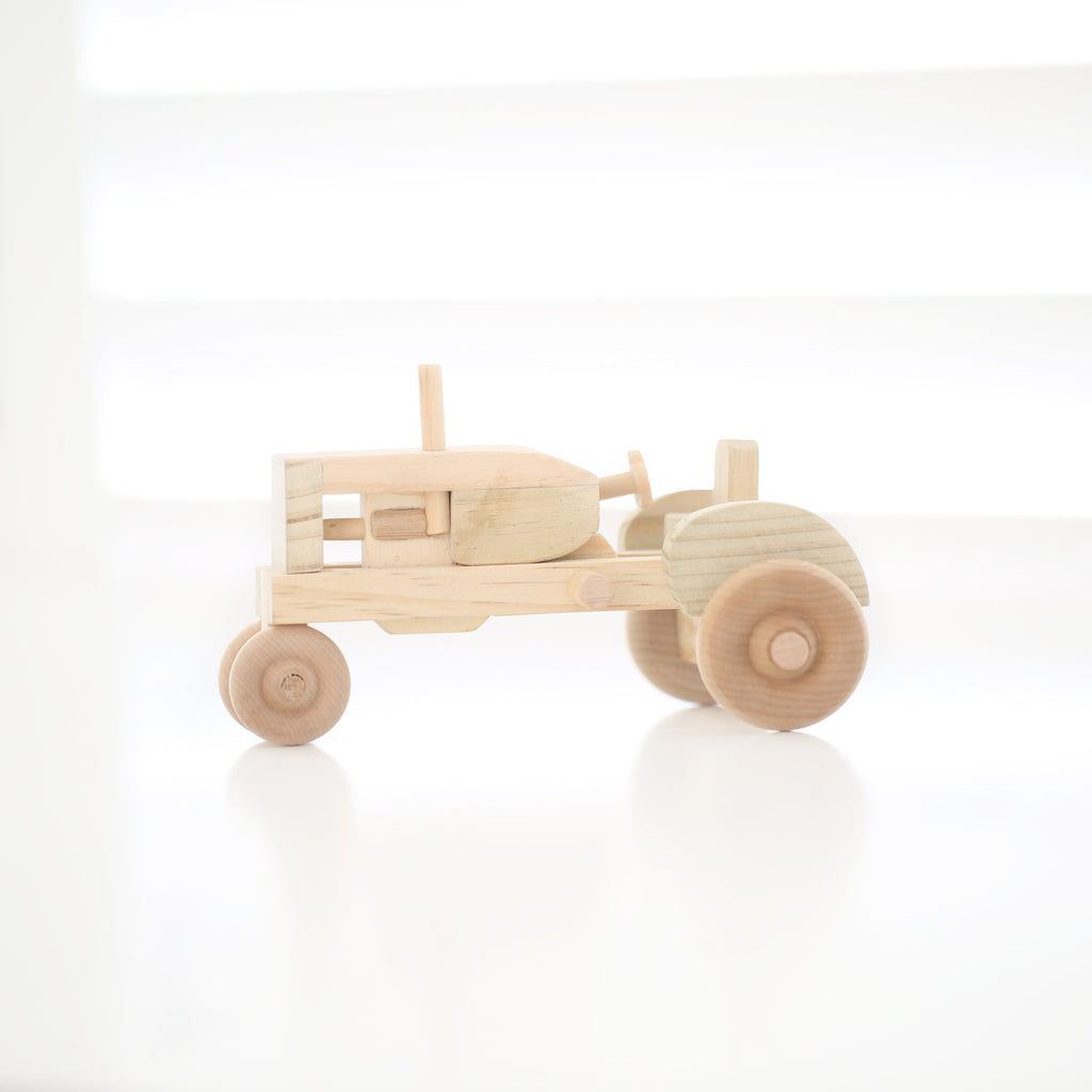 LUXE Collection Orchard tractor