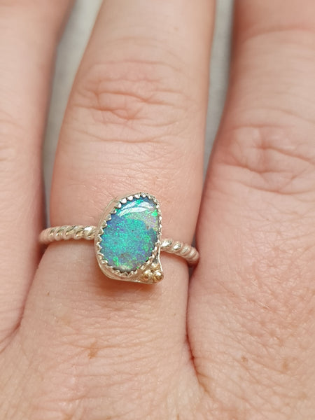 Gorgeous Crystal Opal ring