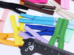 W023 Extra Small Zipper Puller 6CM Zipper Mini Tiny Super Small Zipper Doll Sewing Craft Doll Clothes Making Sewing Supply