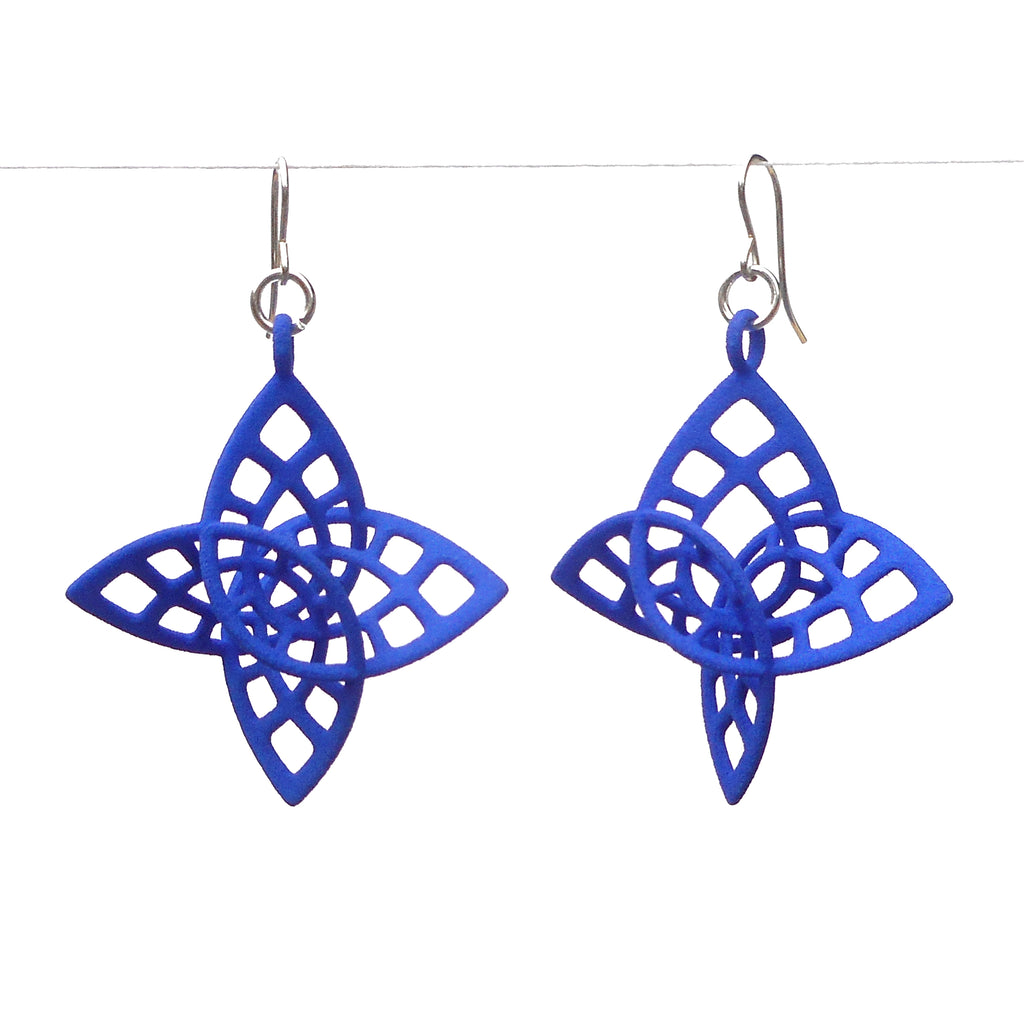 enneper earrings 3d printed by betty chang tiny right brain designs