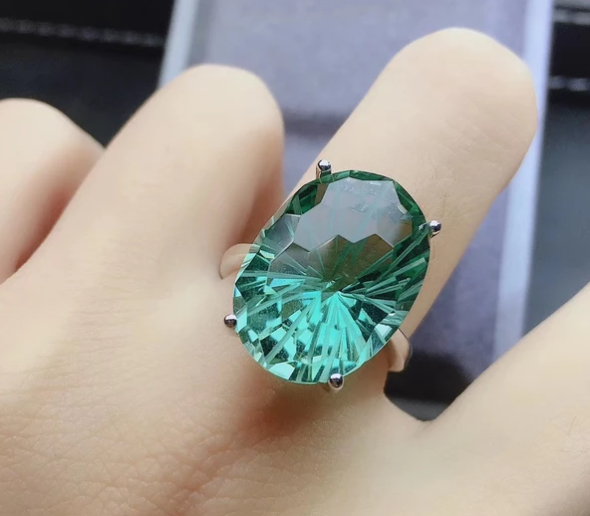 A good luck fortune bring green crystal ring