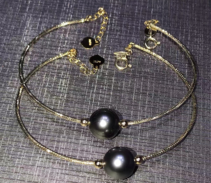 18k gold open bangle bracelet with black pearl charm - Xingjewelry