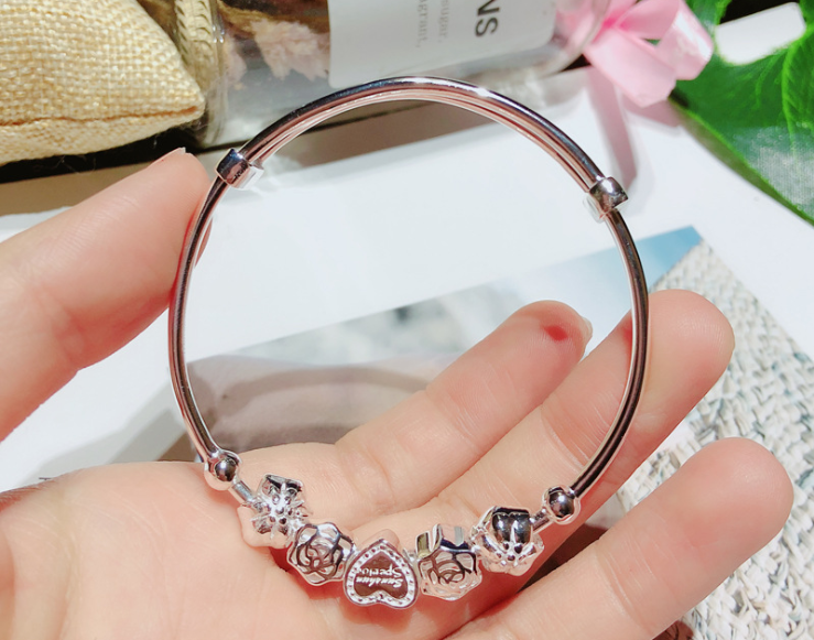 925 sterling silver love heart charm push bangle bracelet