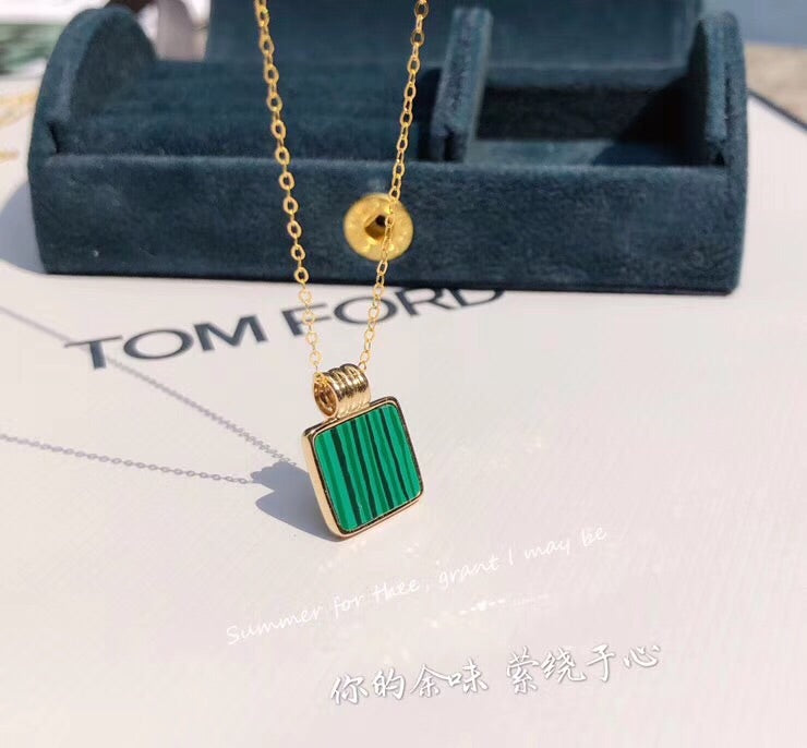 18k gold green enamel fashion perfume bottle pendant necklace