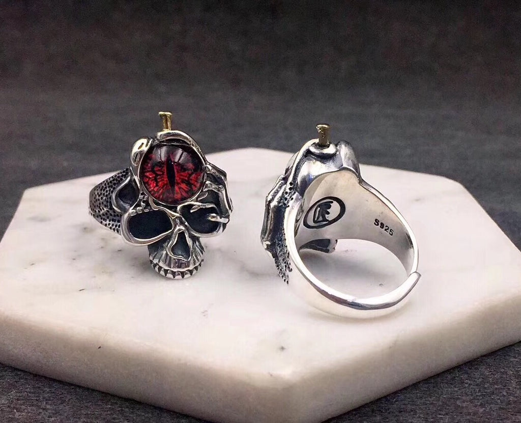 SILVER SKULL MYTHICAL EYE OPEN RING RED YELLOW