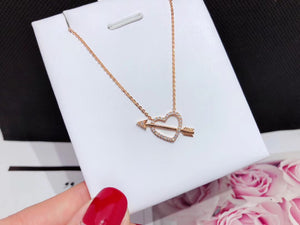 18k gold Cupid heart pendant necklace