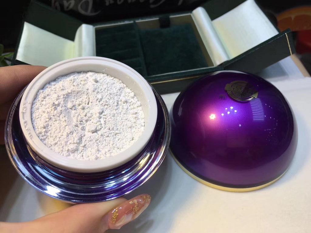 Pearl powder skin care in round fancy jewelry box