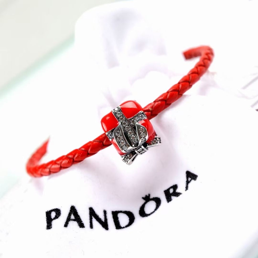 Pandora christmas charm leather bracelet