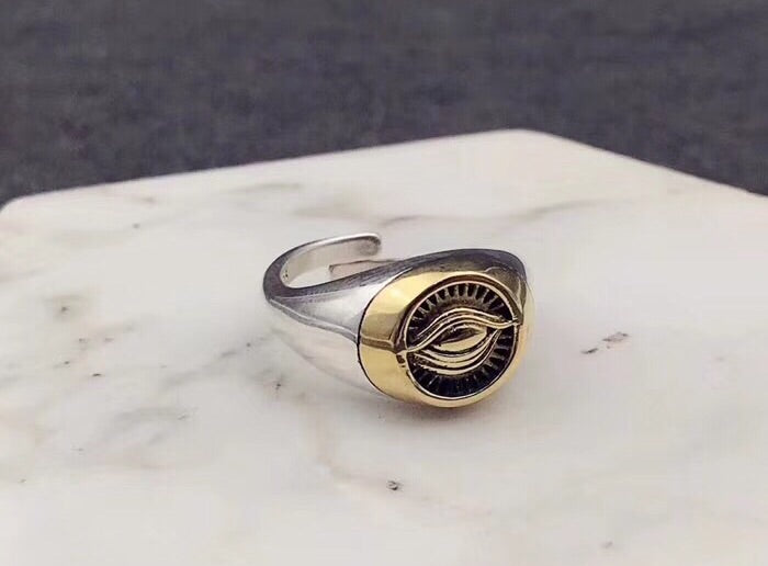 THE EYE OF HORUS SILVER RING