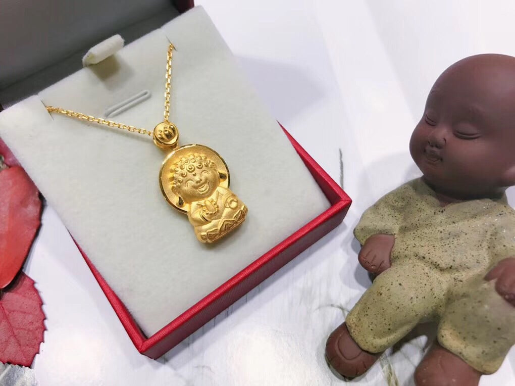 Smile buddha pendant necklace