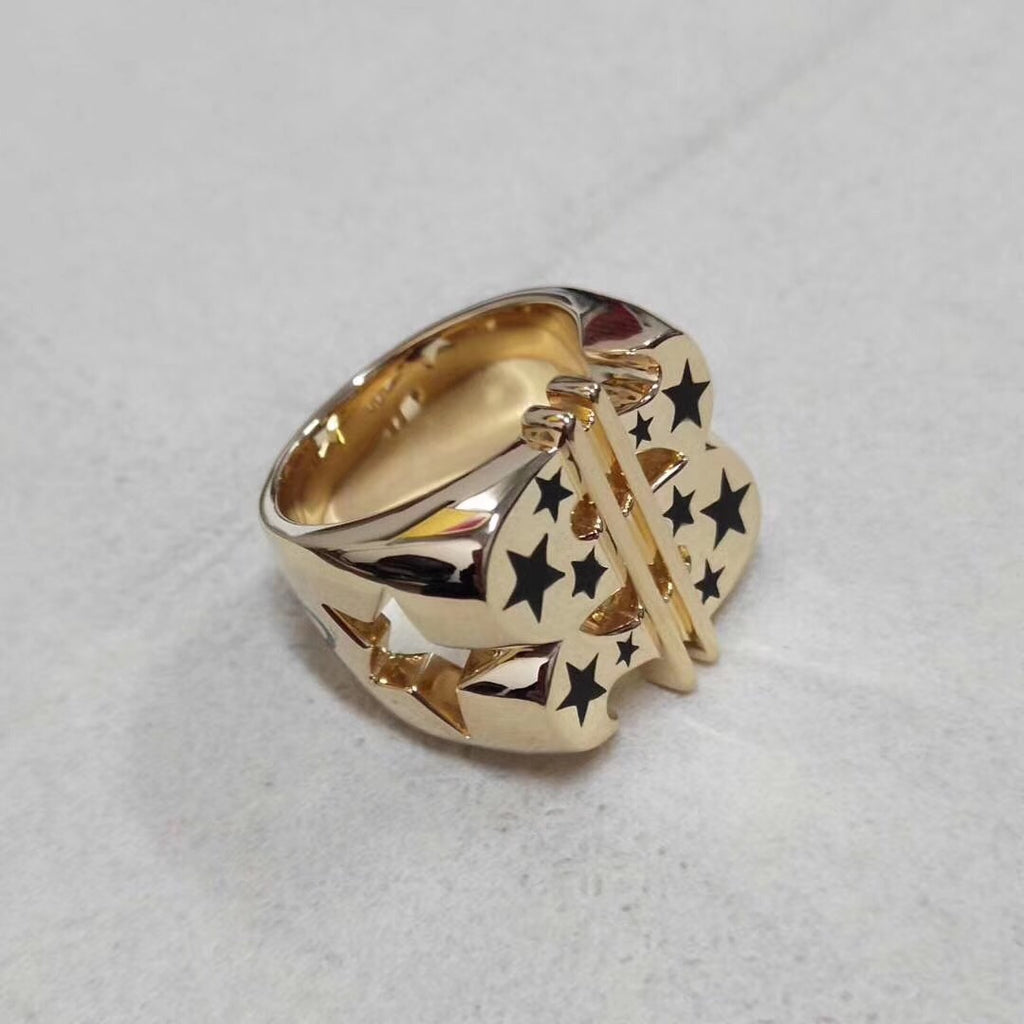 Hot Gold super star ring