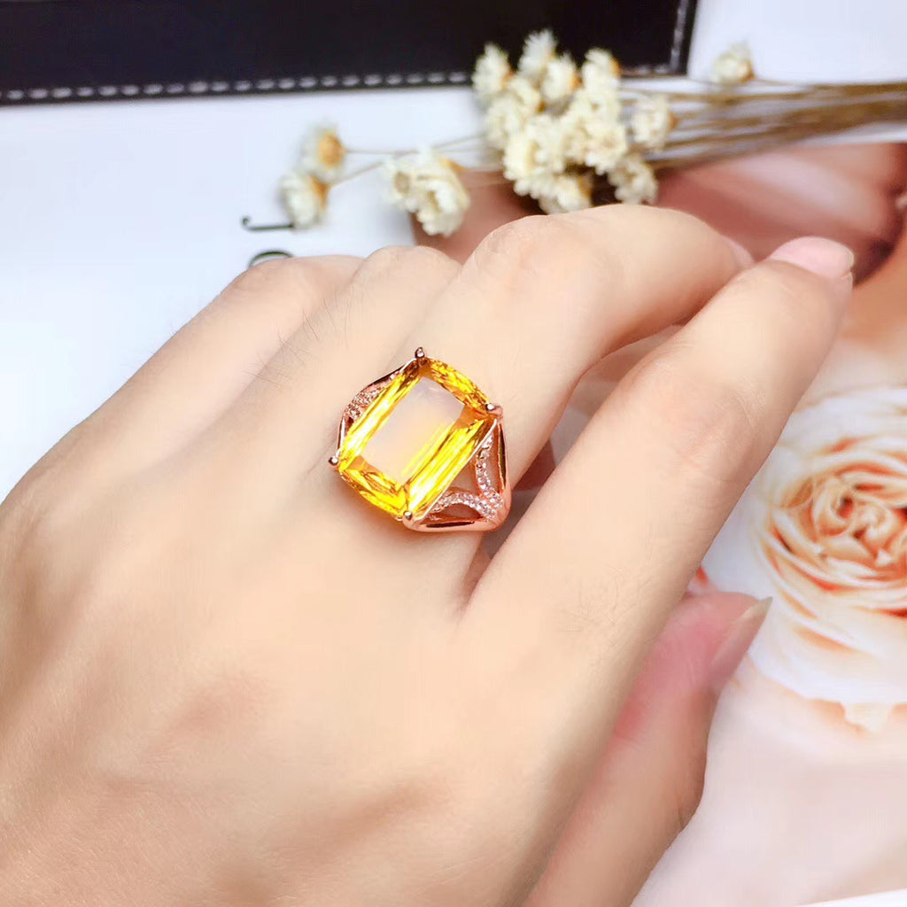 Sterling silver yellow crystal stone ring