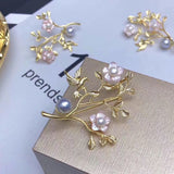 Gold plate pearl brooch