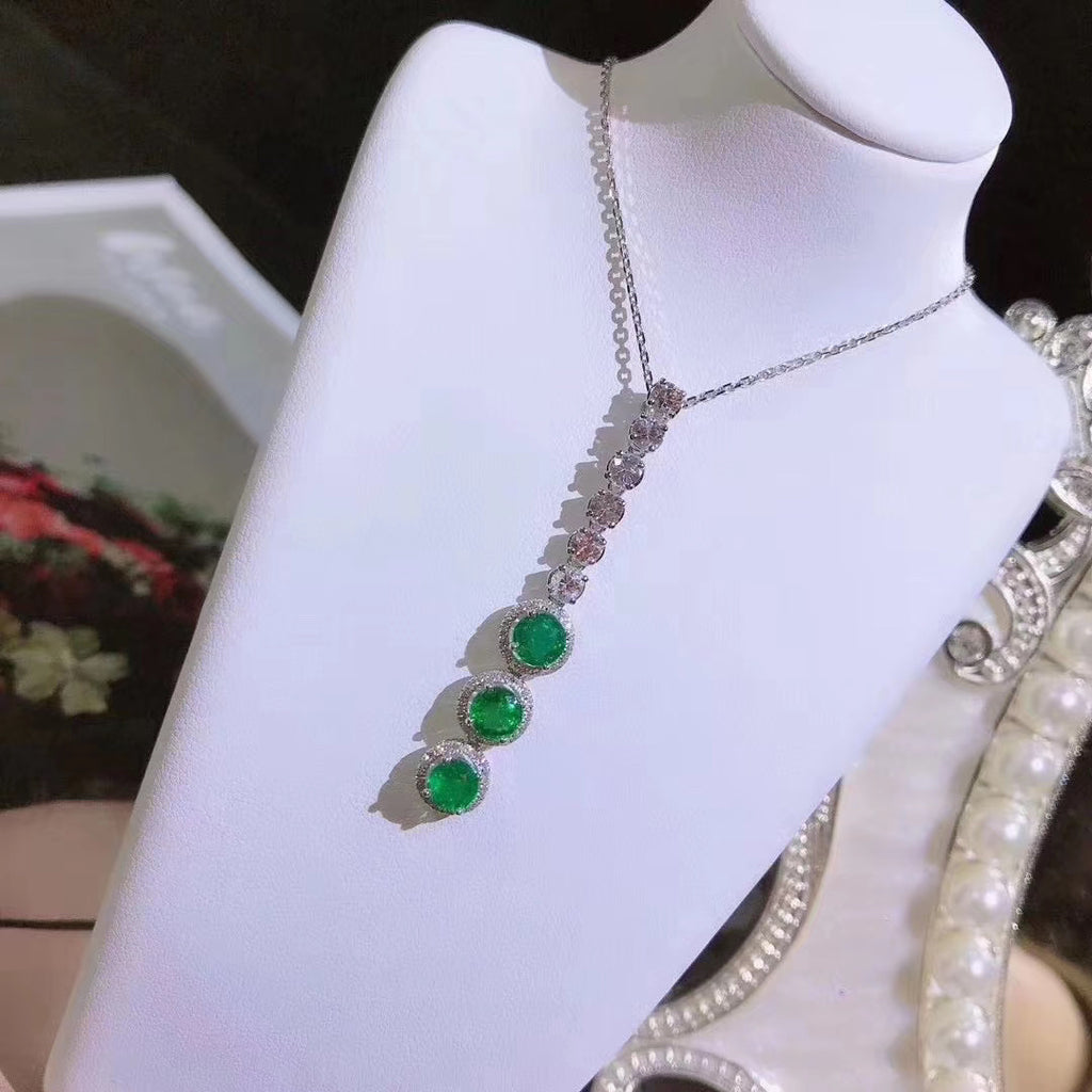 18k gold emerald green diamond necklace