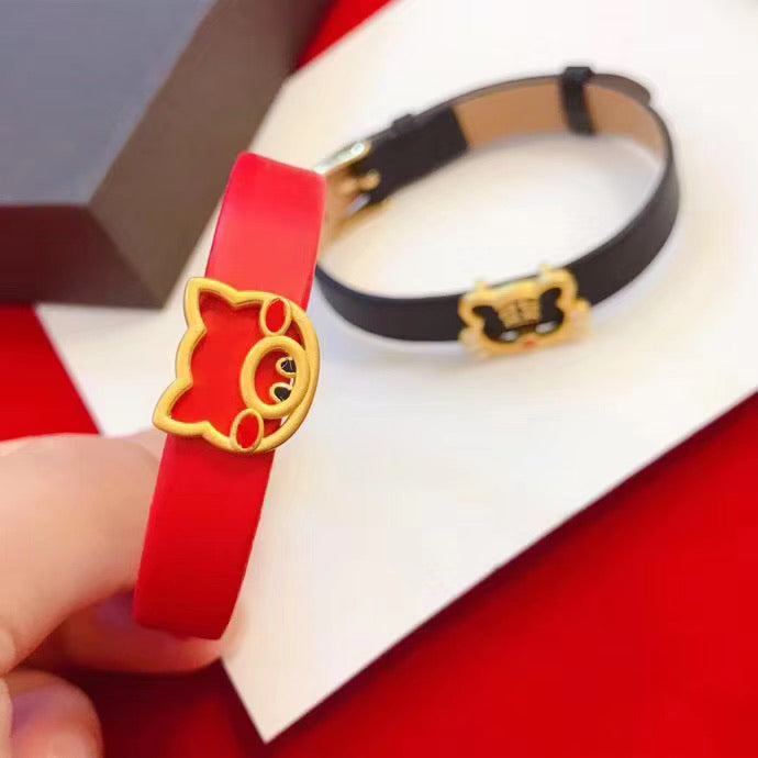 18K GOLD KING TIGER PIG CHARM BRACELET